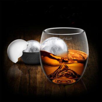 whiskyglas-on-the-rocks-82e.jpg